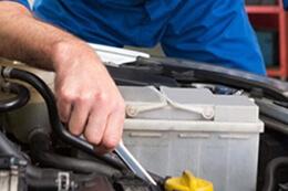 mechanic-servicing-berwick